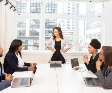 group oo people having a meeting 1367276 1